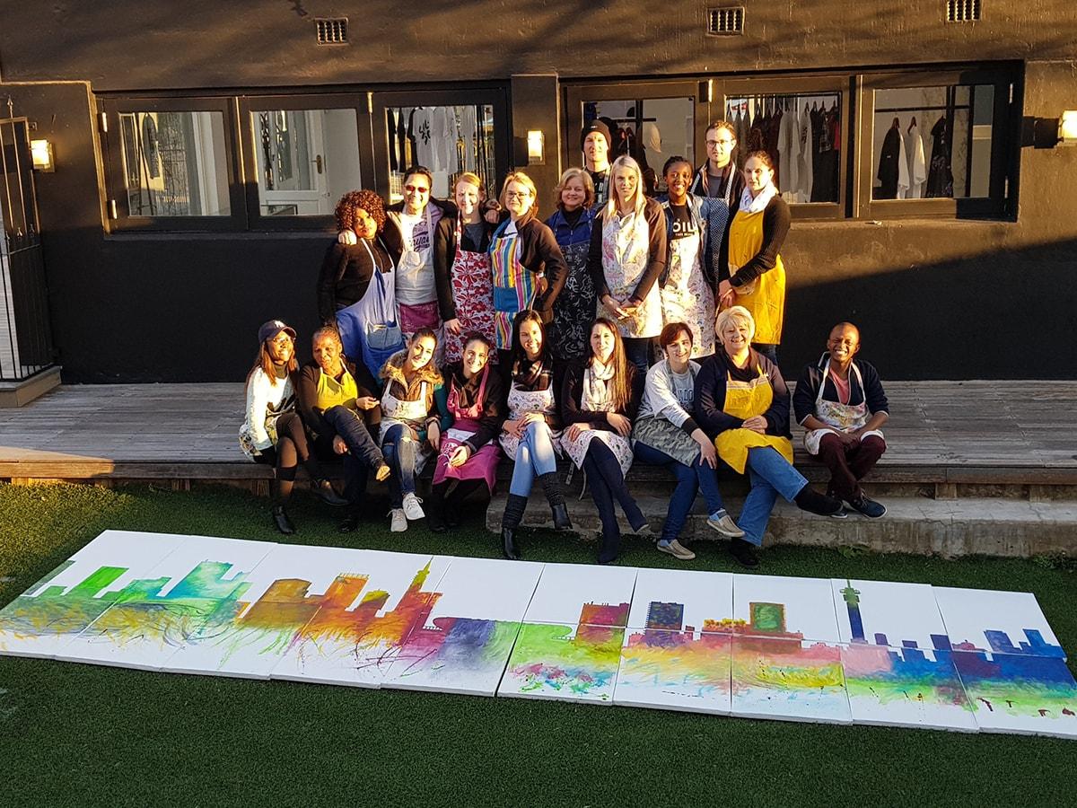 Team building - Skyline Mural Painting