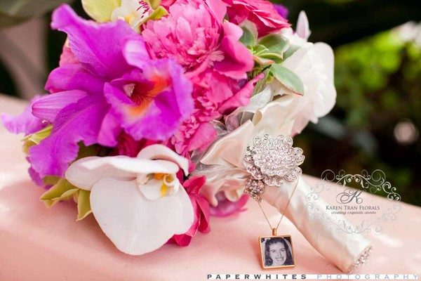 Locket on Bouquet for lost Loved ones