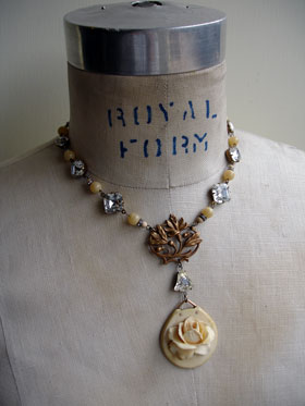 wpid-ivory_rose_relief_necklace_1_lg-2012-09-2-20-42.jpg