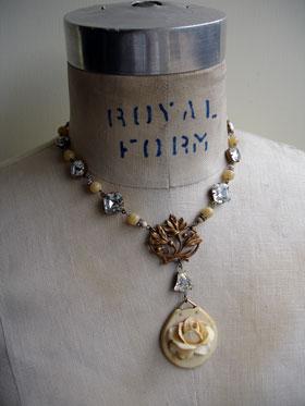 wpid-ivory_rose_relief_necklace_1_lg-2012-09-2-20-42.jpg