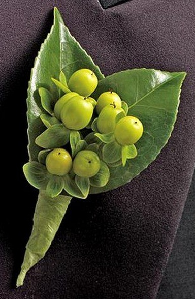 Hypericum Berry Boutonniere