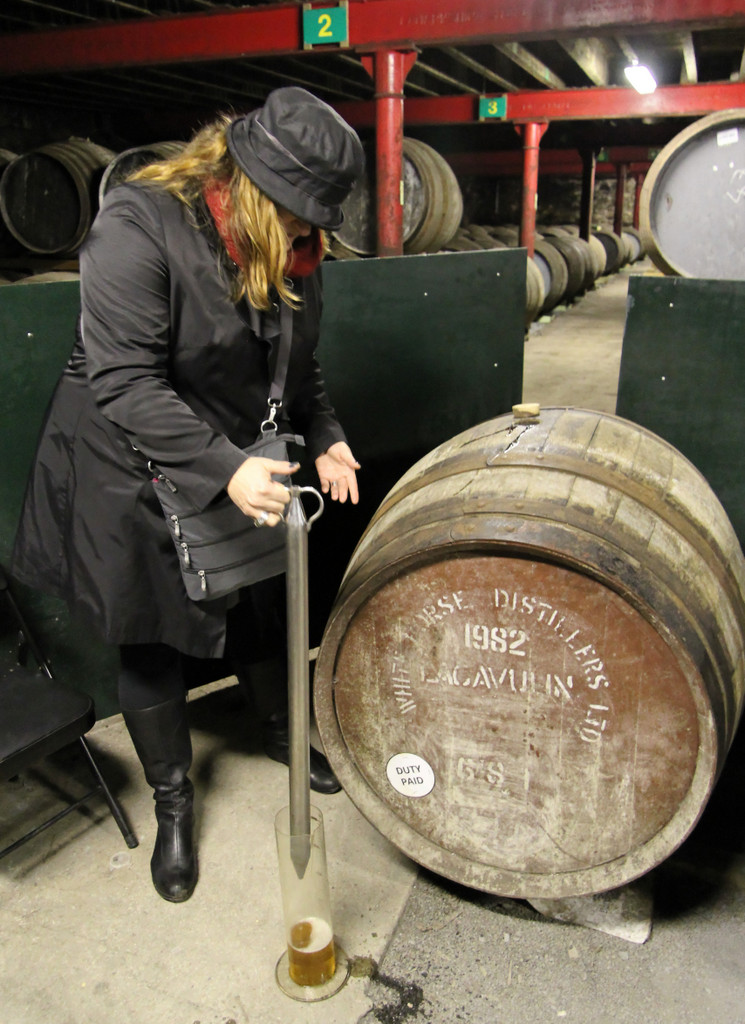 Mrs. Wonk and her valinch at Lagavulin