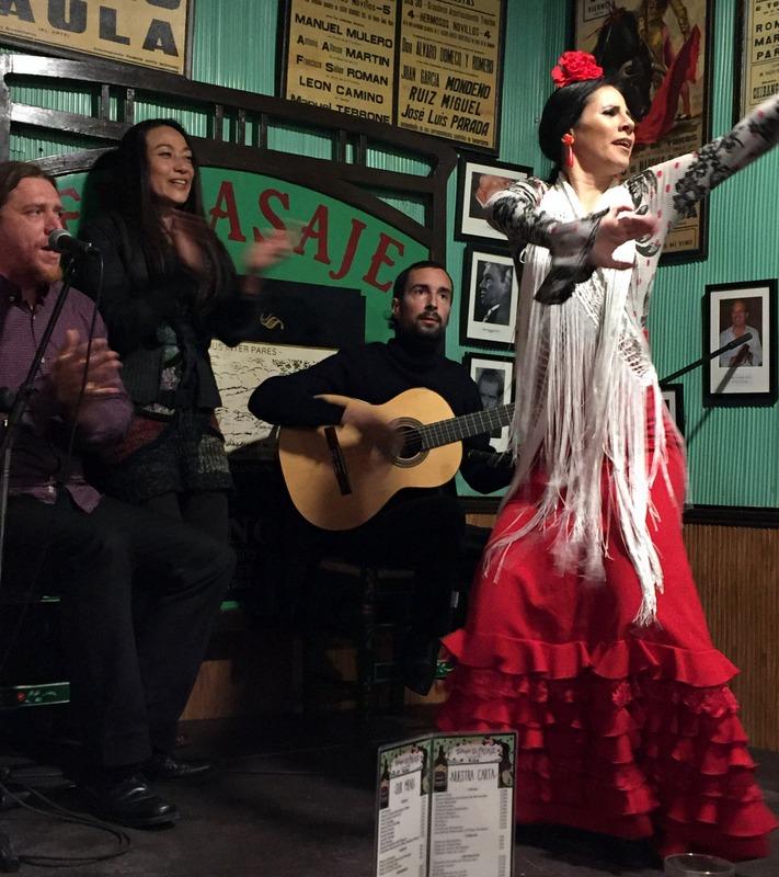 Flamenco at Tabanco El Pasaje
