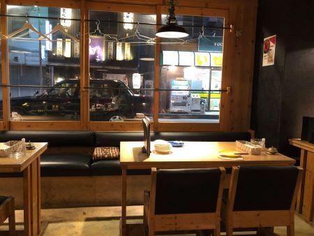 木下レオンの居酒屋Aladdin(アラジン)の店内