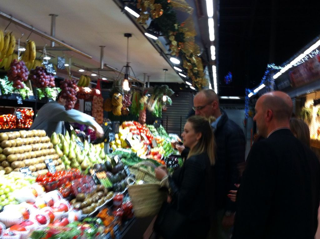 Buyers-Interactive-dinner-barcelona-mercat