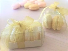 Wedding Favours - yellow, pink and gold macarons favours in boxes