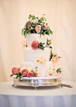 Classic White Wedding Cake with Fresh Flowers
