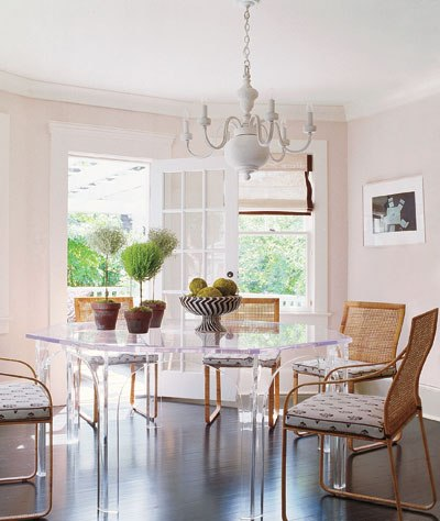 A LUCITE DINING TABLE LEADS ME TO FAB NYC INTERIOR DESIGNER ...