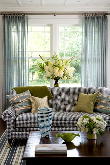 Check Please The Glamour Of Gingham Cococozy