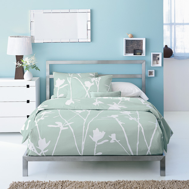 Modern Metal Bed Frames design on sale daily: a modern metal headboard! | cococozy