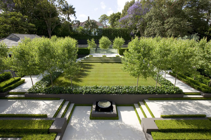 7 EXQUISITE FORMAL GARDENS | COCOCOZY