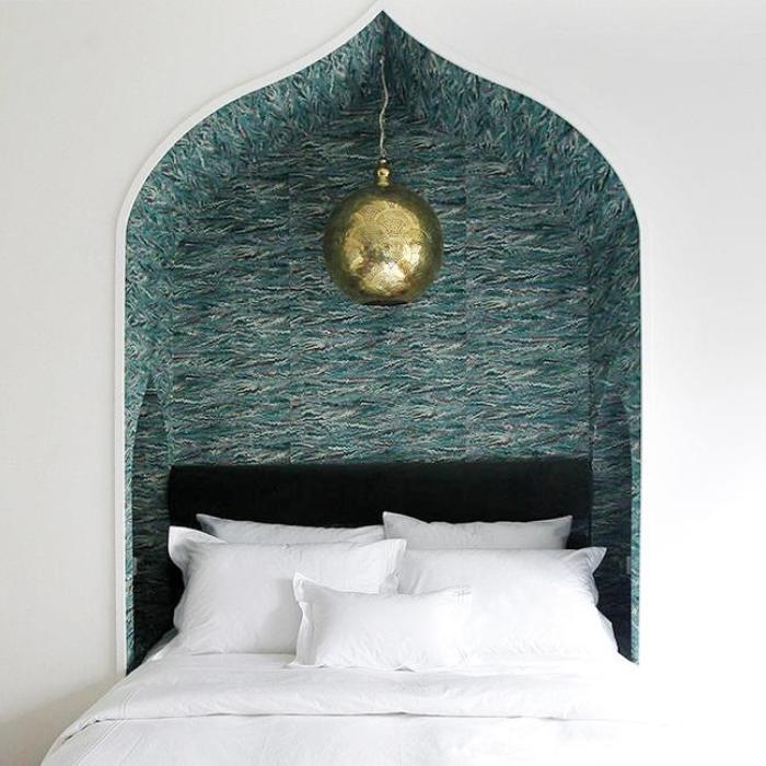 hotel-covell-gallerychapter-4-guest-bed-bedroom-niche-cococozy