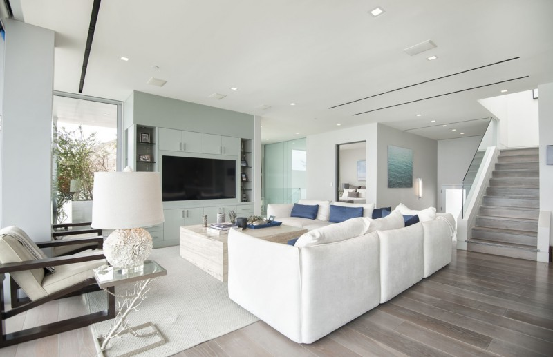 Malibu Modern Beach House Living Room Blue Built In Shelving