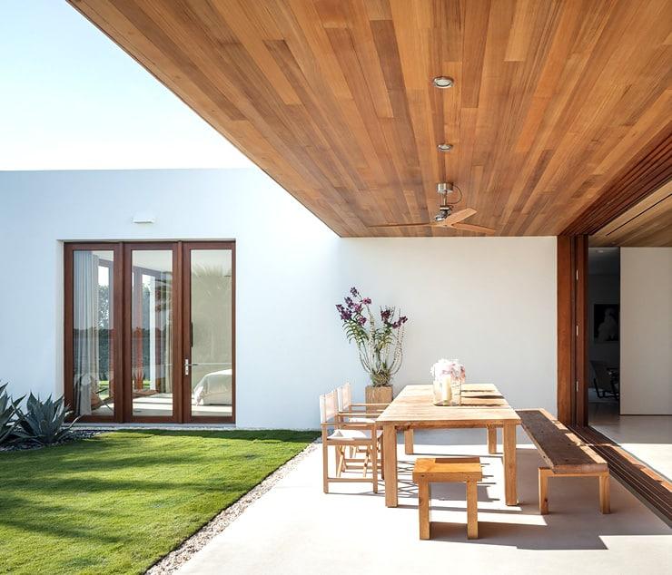 Kelly Kleins Modern House in Palm Beach