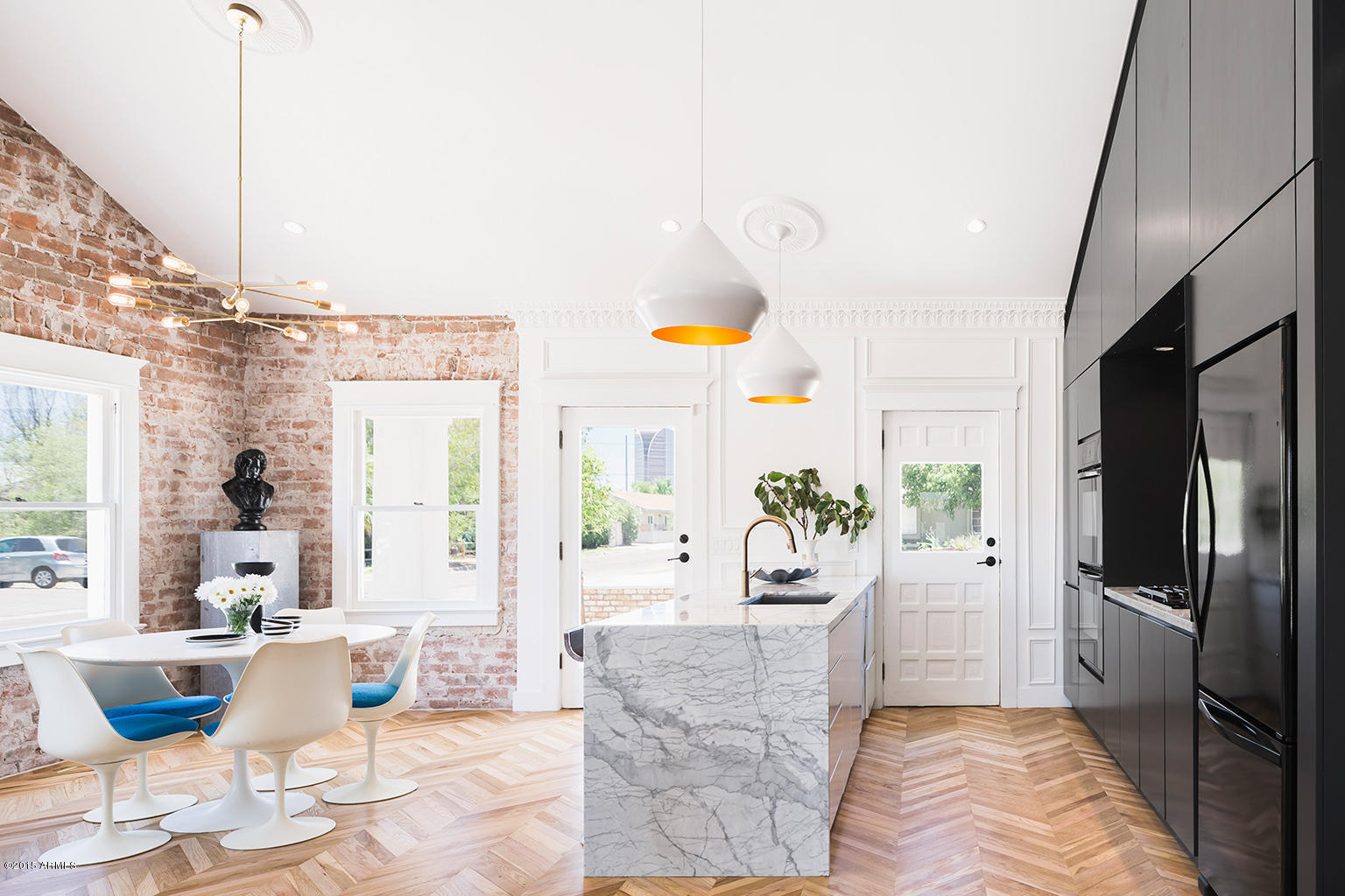 Exposed Brick Wall Modern Bungalow Kitchen