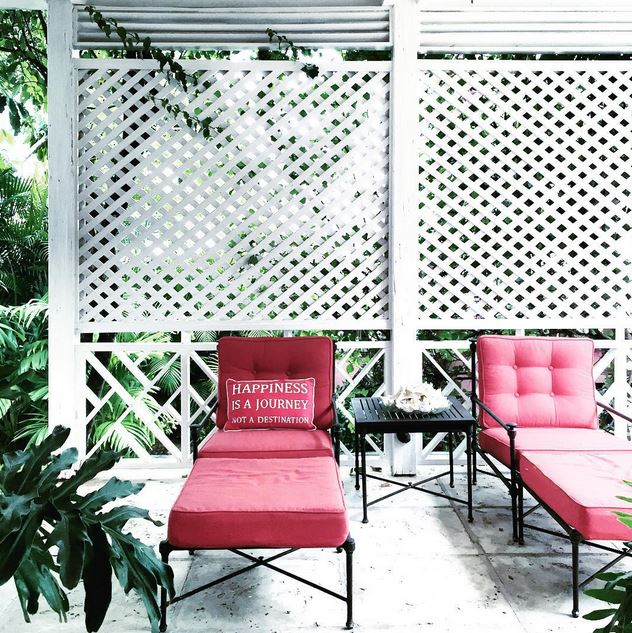 pink lounge chairs iron cococozy