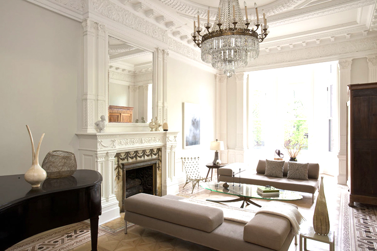 chandelier living room. French empire chandelier in a living room 9 Elegant Empire Chandeliers  COCOCOZY