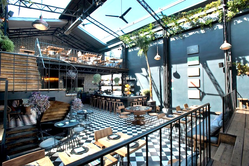 Romita Comedor Restaurant Retractable Ceiling
