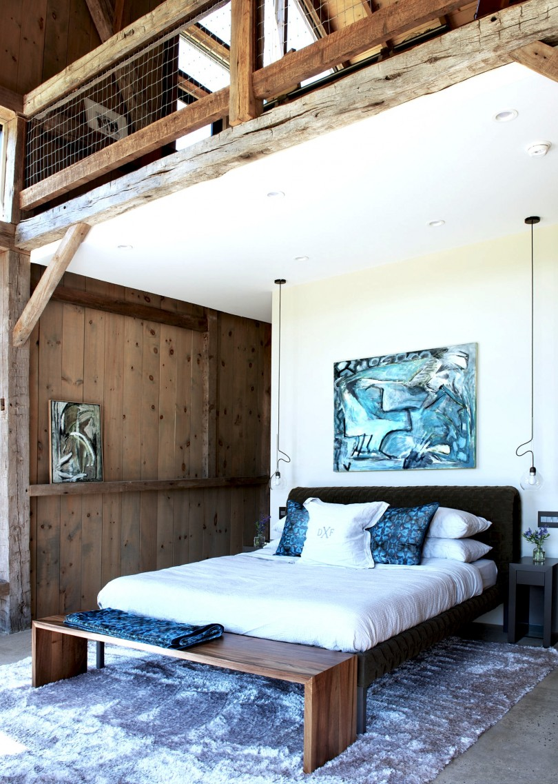 Rustic architecture master bedroom platform bed