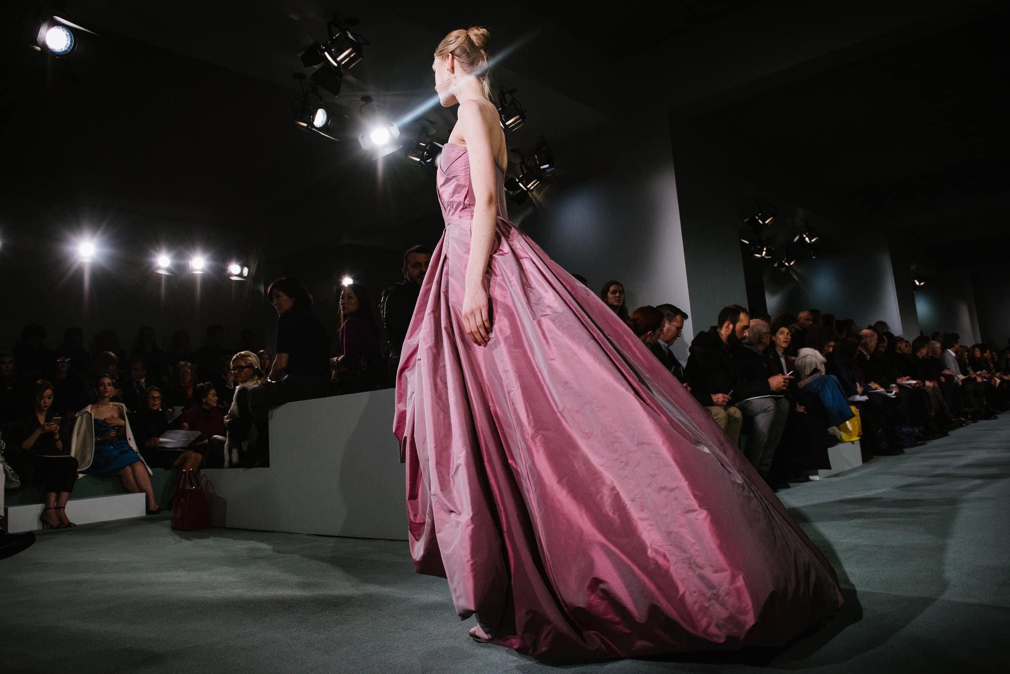 pink-taffeta-strapless-oscar-de-la-renta-dress-formal-gown-cococozy-nyt