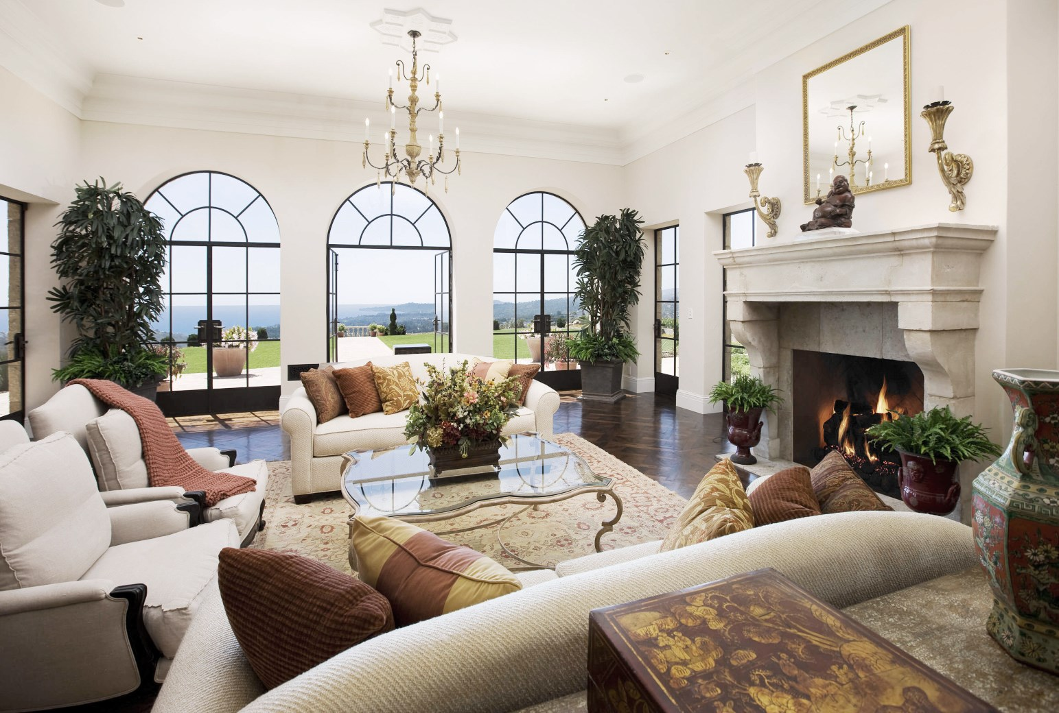 living room mansion 45 million montecito mansion see this house cococozy 10787