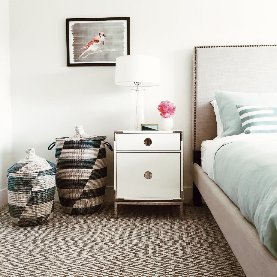 11 white nightstands cococozy for White nightstand table