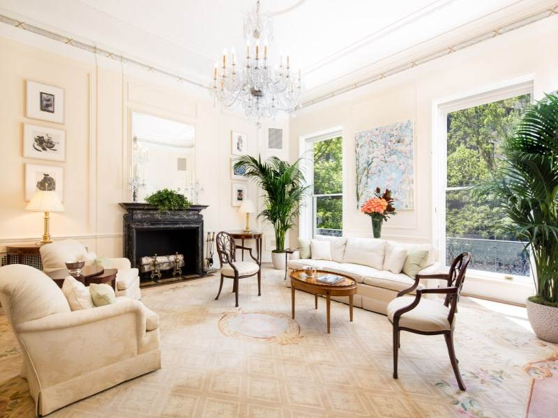 NYC Upper East Side Living Room Cococozy