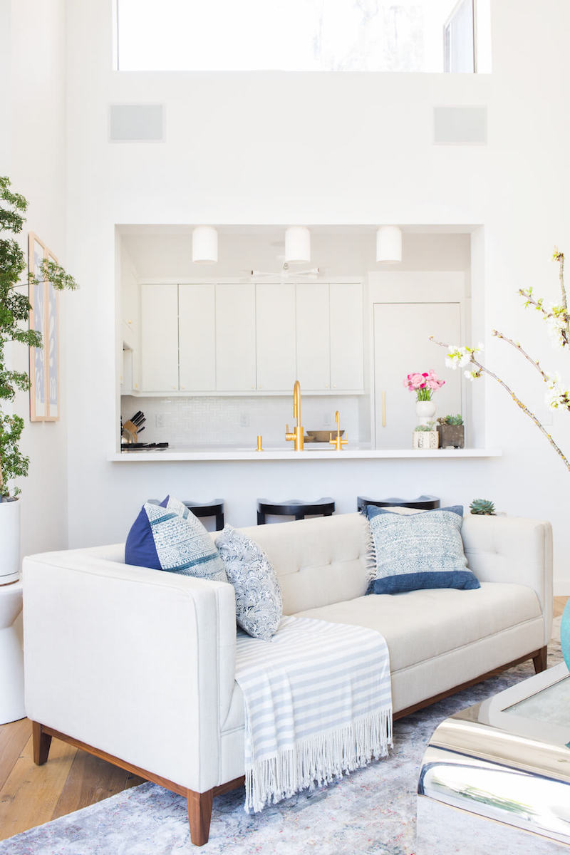 Bright White Kitchens Small Spaces