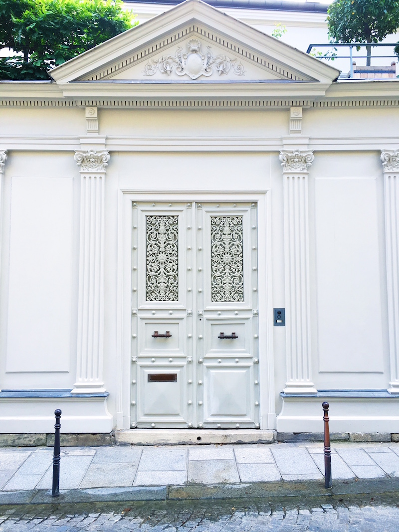 White Paris Doors Street View