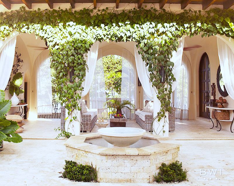 costa rica vacation home entry way fountain