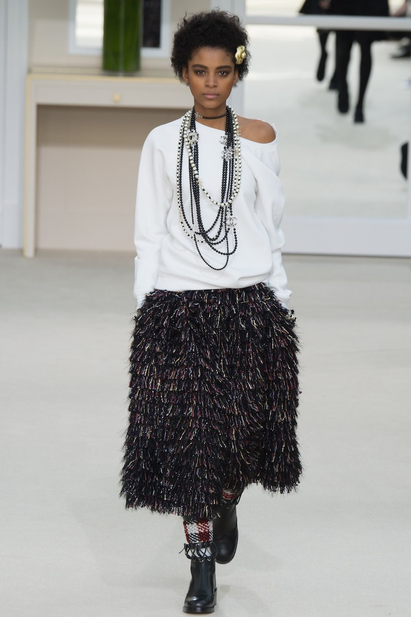 chanel fall fringe black skirt