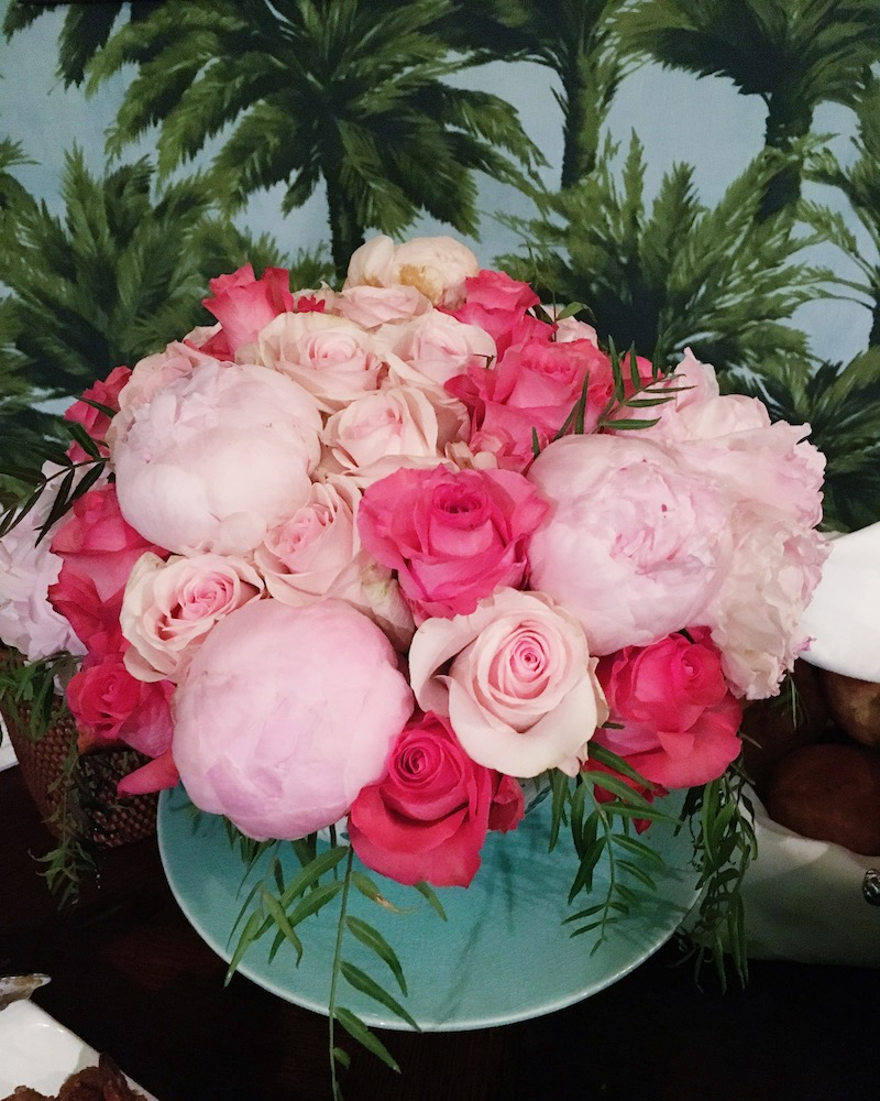 Venice Beach cottage dining room flower arrangement peonies roses