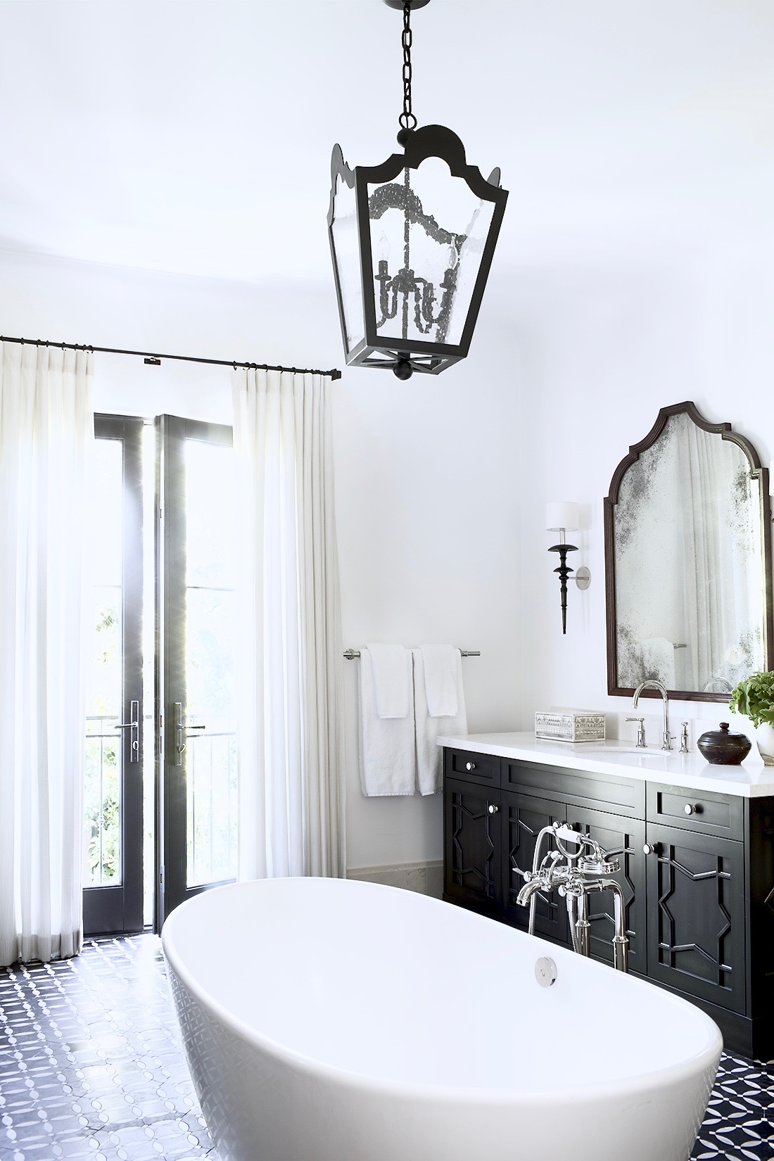 Moroccan Inspired Master Bath | COCOCOZY