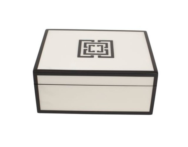 COCOCOZY Black and White Logo Lacquer Box closed