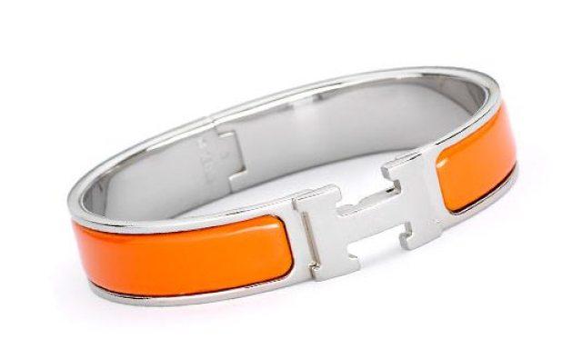 Signature Hermes enamel bracelet in orange