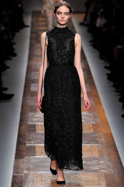 model from valentino fall 2012 runway show valentino fall 2012 black sleveless sparkly gown