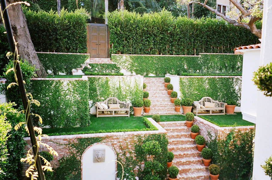 BRICK WORKS WONDERS ON A STYLISH HOLLYWOOD HILLS PATIO ... on Tiered Yard Landscaping id=76085