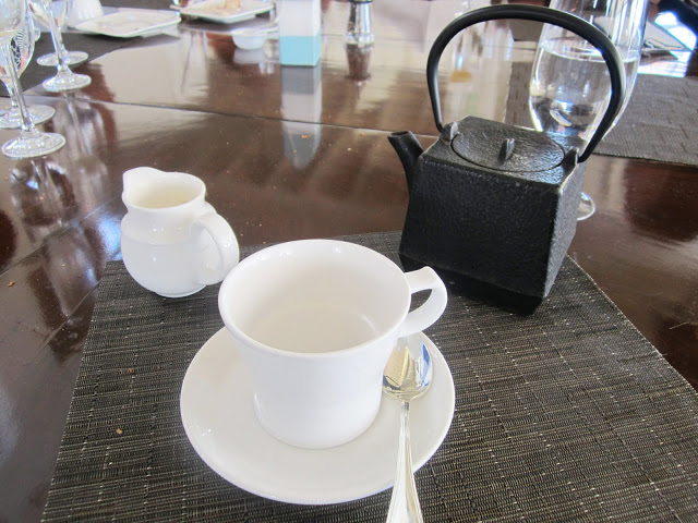 tea at hotel and resturant shutters in Santa Monica, California