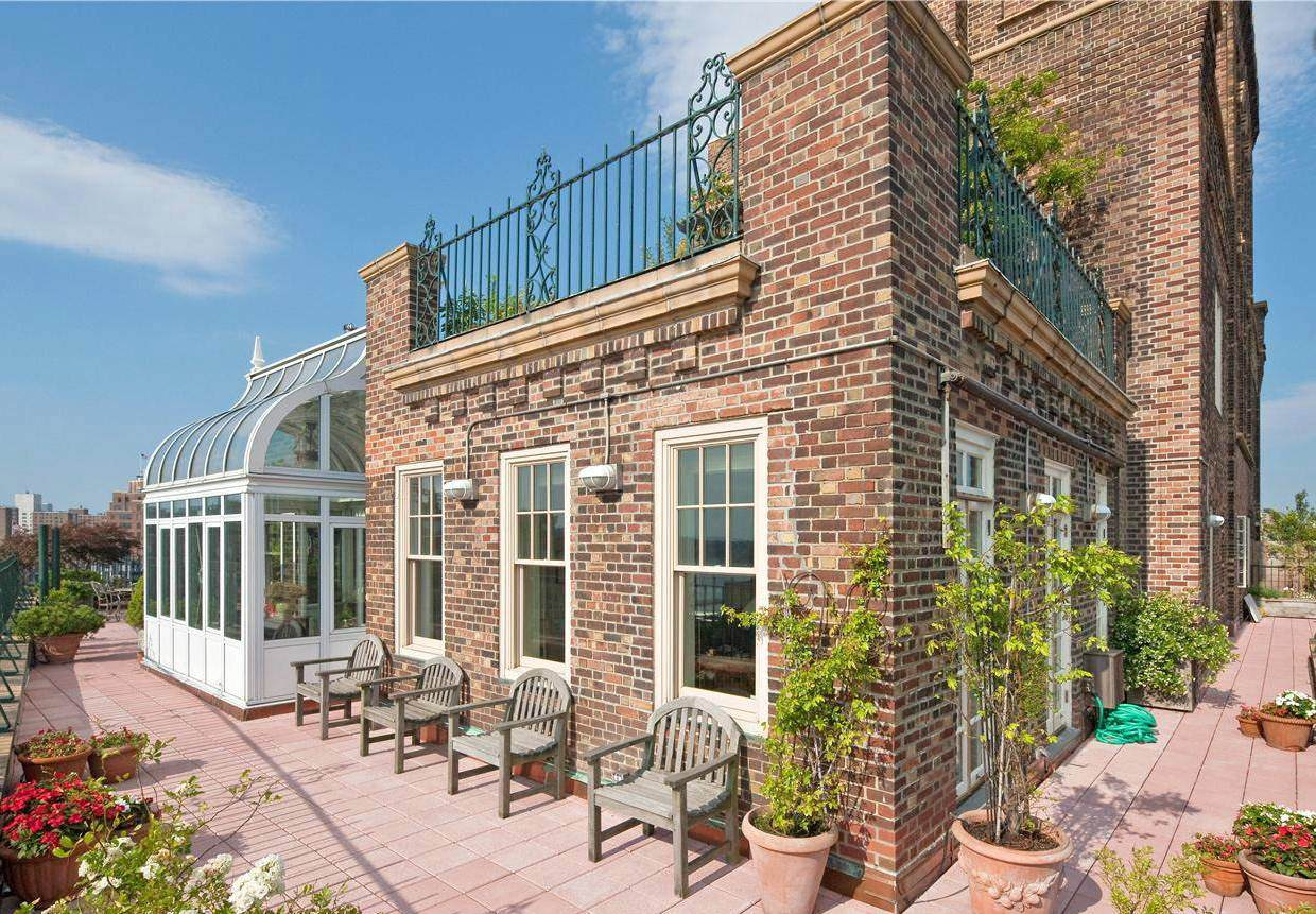 SEE THIS HOUSE: A MULTI MILLION WEST VILLAGE PENTHOUSE