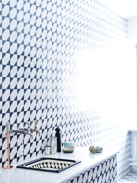 black white floor to ceiling mosaic tile bath bathroom vanity ceramic wall faucet