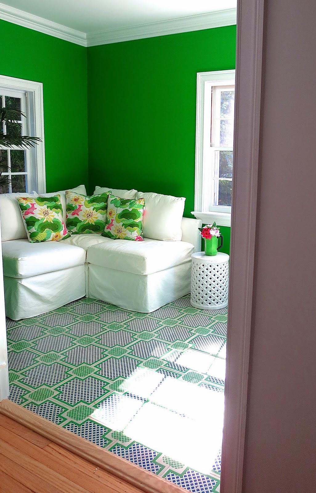 kelly green garden room painted wood tile floors - Green Tiles For Living Room Floor