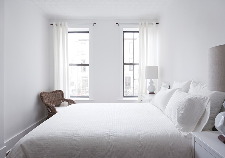 All White Bedroom simple white bedroom > pierpointsprings