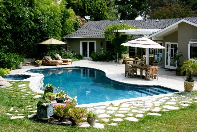 Amazing Linda Grasso of Shesez us California backyard with a pool and outdoor living room