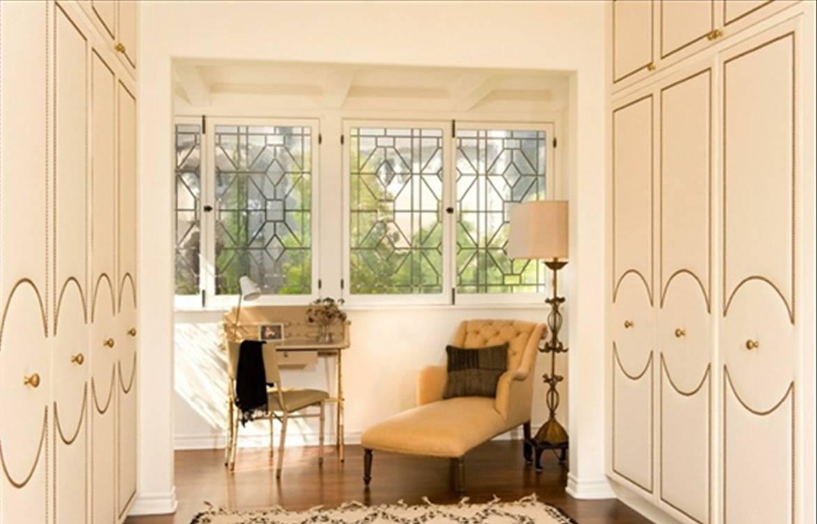 DESIGN IDEA: NAILHEAD TRIM ON CLOSET DOORS AND VANITY DRAWERS ...