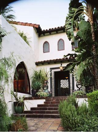 Exterior of Spanish style home in Los Feliz
