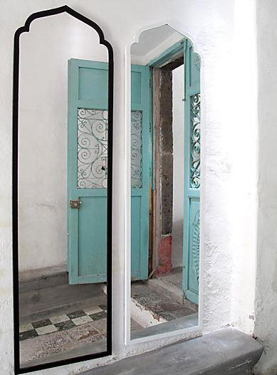 Black and white Almidi Mirror