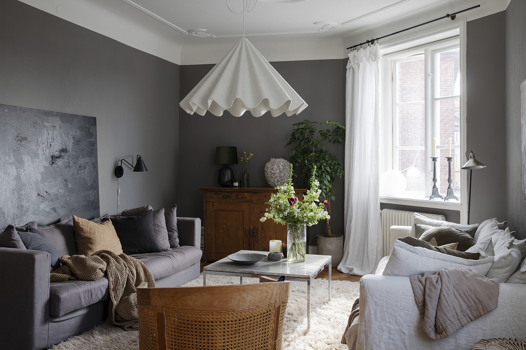 Grey With Warm Wood Tones