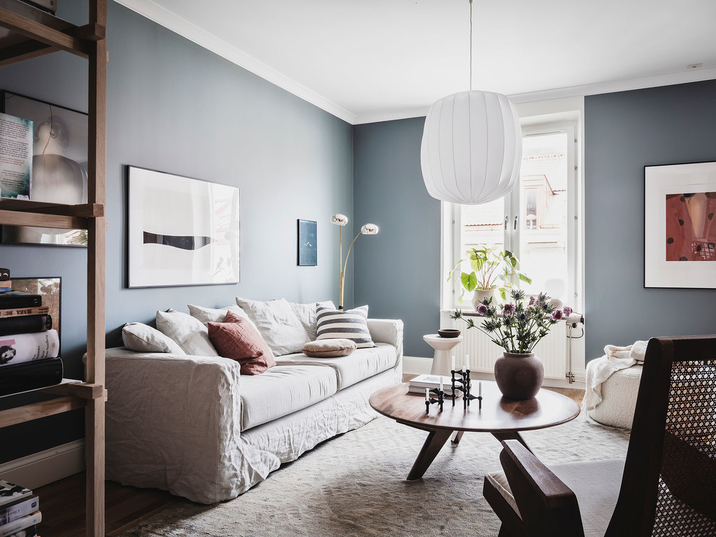 Apartment in blue and green