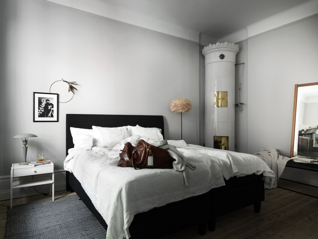 Small home with character - via Coco Lapine Design blog