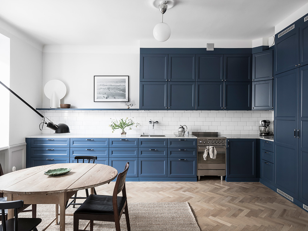 Cozy Home With A Blue Kitchen Coco Lapine Designcoco